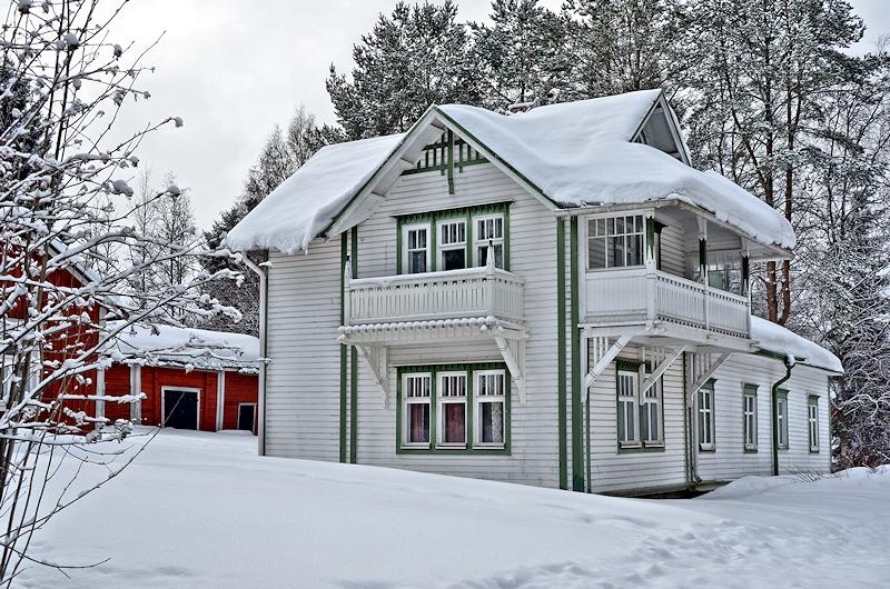 Muistokoti Aappola talvella.